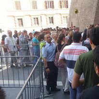 Lineup at the Vatican Museum