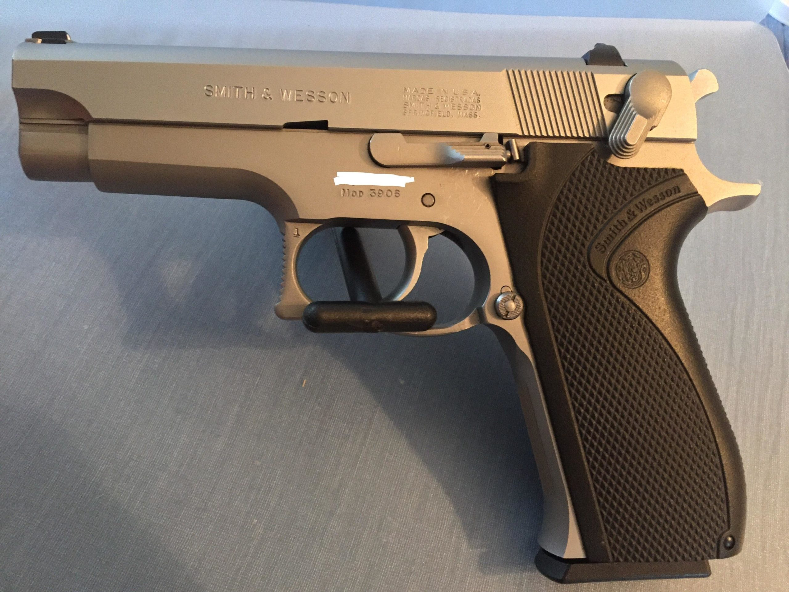 S&W 3906 stainless 9mm. semi automatic